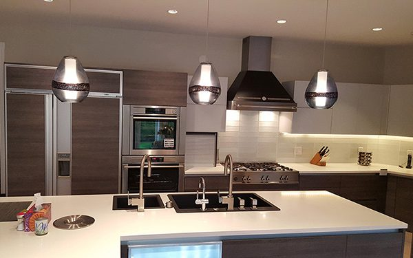 SDL Designs Custom Kitchen With Range Hood